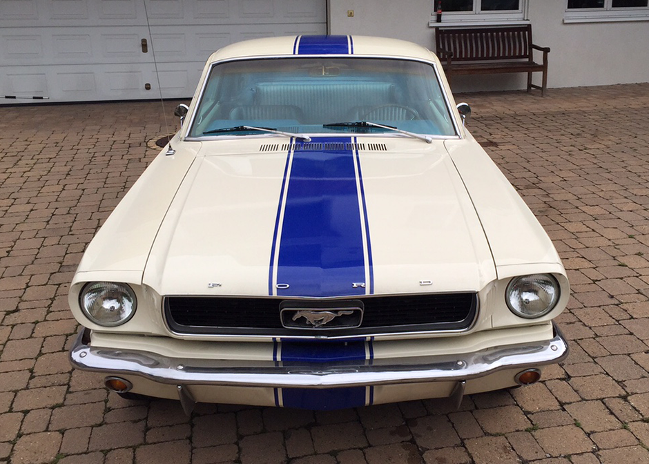 2_front_direkt_ford_mustang_fastback_inkl._h-zulassung.png