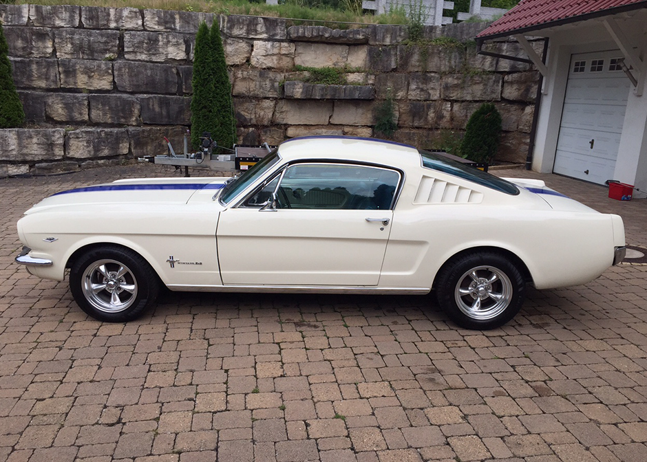 3links_ganz_ford_mustang_fastback_inkl._h-zulassung.png