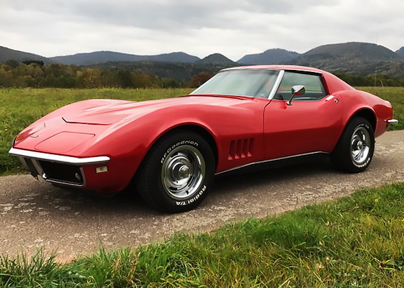 petrol_garage_corvette_c3_stingray_rot_1.jpg