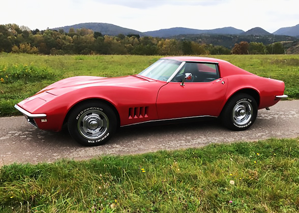 petrol_garage_corvette_c3_stingray_rot_3.jpg